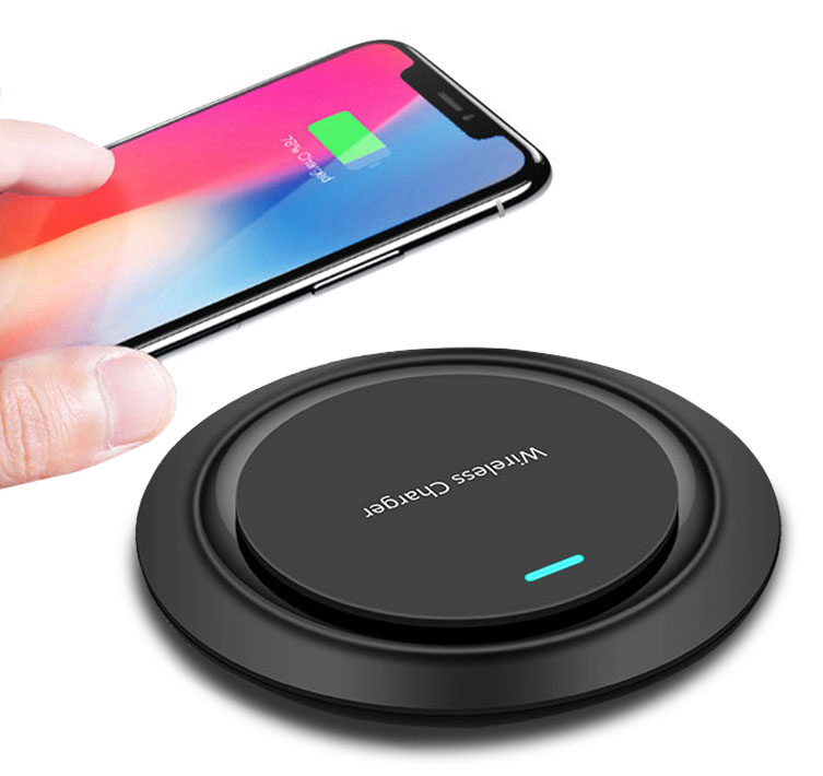 Samsung Galaxy Z Flip 5G Fast Wireless Charging Pad QI 10 Watts Black With AC Charger